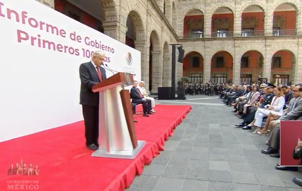 """""""Esta obra implicará una inversión de alrededor de 30 mil millones de pesos y será de mayor importancia para la comunicación y el desarrollo equitativo del México del futuro"""", apuntó."""