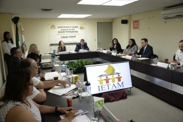 Hasta el momento no se reportan incidentes en el ejercicio electoral. Foto: Jose A. Hernández