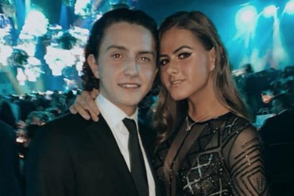 La hija del expresidente de México se ve muy feliz con su novio. Foto: Especial.