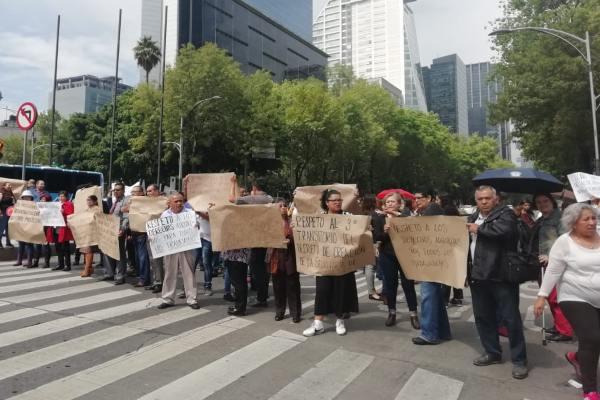 Las autoridades pidieron a los automovilistas tomar precauciones. Foto: Moises Rosas
