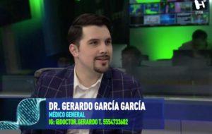El doctor Gerardo García en entrevista con Mariano Riva Palacio.