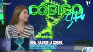 Doctora Gabriela Xospa en estudio de Código Salud